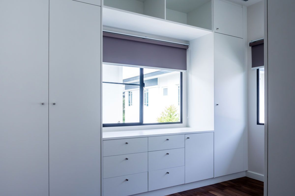 Professional fitted made to measure wardrobes.